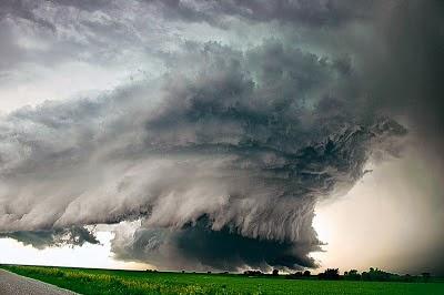 Tornadoes : Μάθετε πως σχηματίζονται οι ανεμοστρόβιλοι