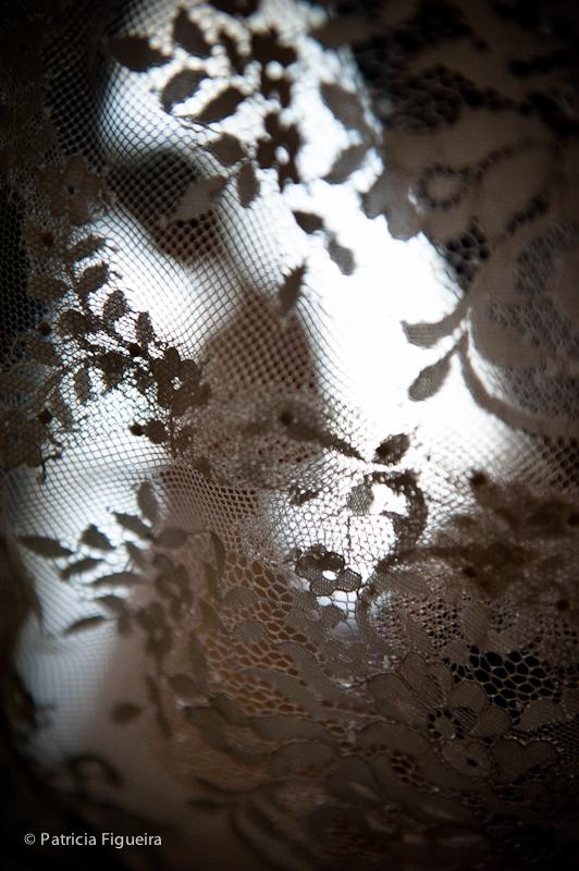 Foto de casamento 0090 de Ana e Joao. Marcações: 29/10/2011, Casamento Ana e Joao, Lethicia Bronstein, Rio de Janeiro, Veu, Veu de Noiva.