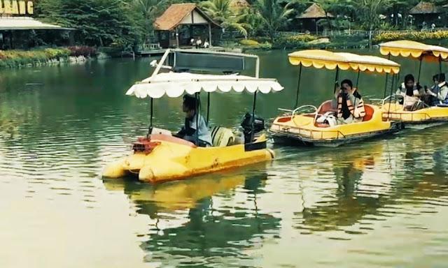 wahana air floating market bandung