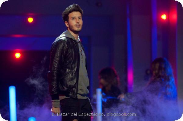 Sebastian Yatra Premios MTV MIAW 2017.jpeg