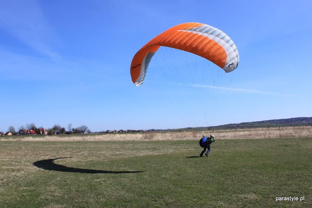 Szkolenia paralotniowe Luty-Kwiecień 2012 - IMG_1684.JPG