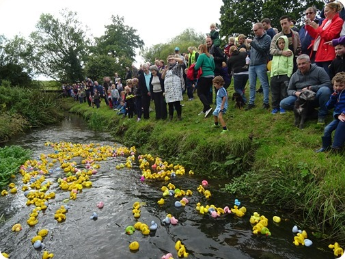 Publicity photo - start of 2017 Duck Race