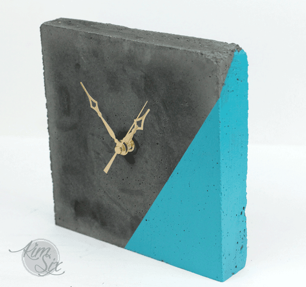 Square Concrete Desk Clock with Color Dip