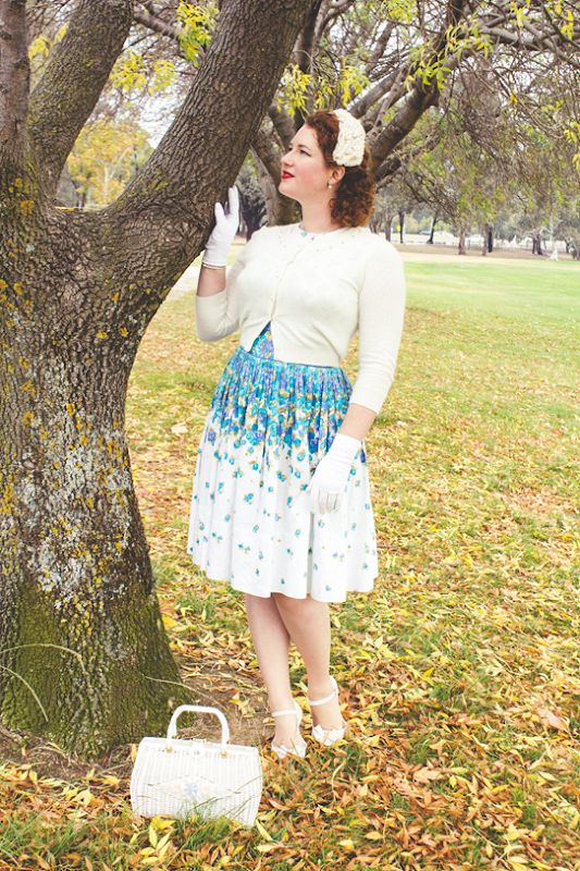 Vintage 1950's autumn style ~ white & blue | Lavender & Twill