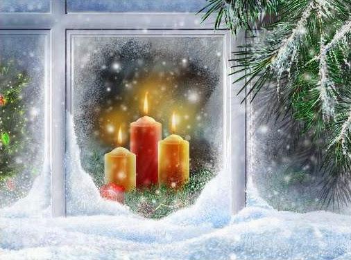 Sfondi di Natale candela e finestra con la neve
