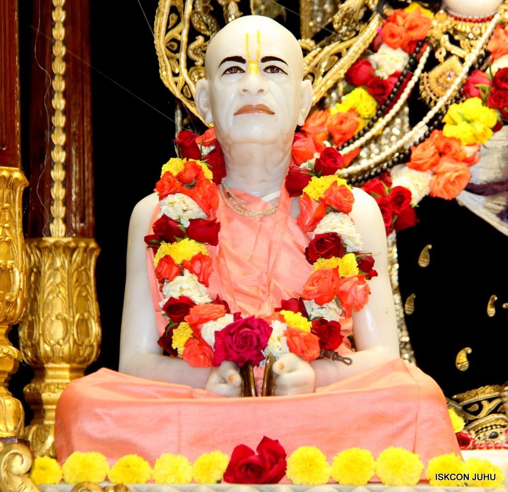 ISKCON Juhu Sringar Deity Darshan 7 Jan 2017  (46)