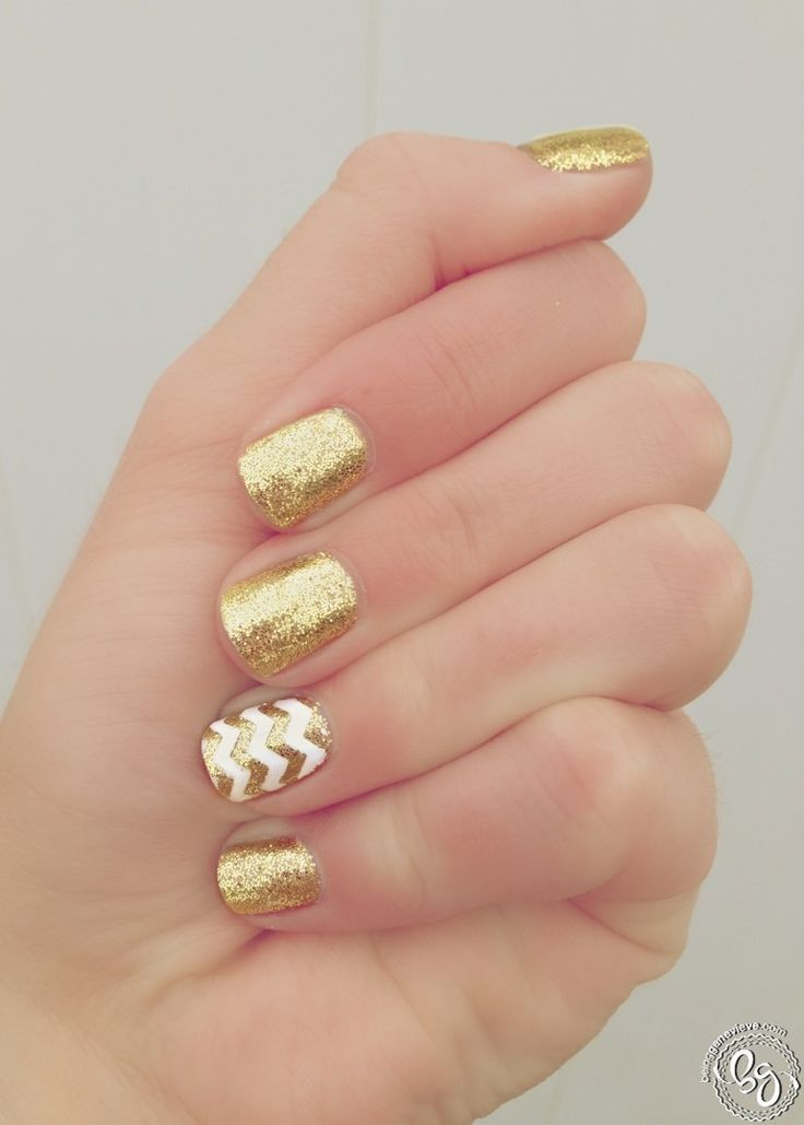 Best 25 Glamorous Golden Nails Ideas For 2018 Manicure Lady Style