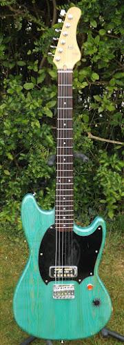 frontman Guitars Monster Rocker