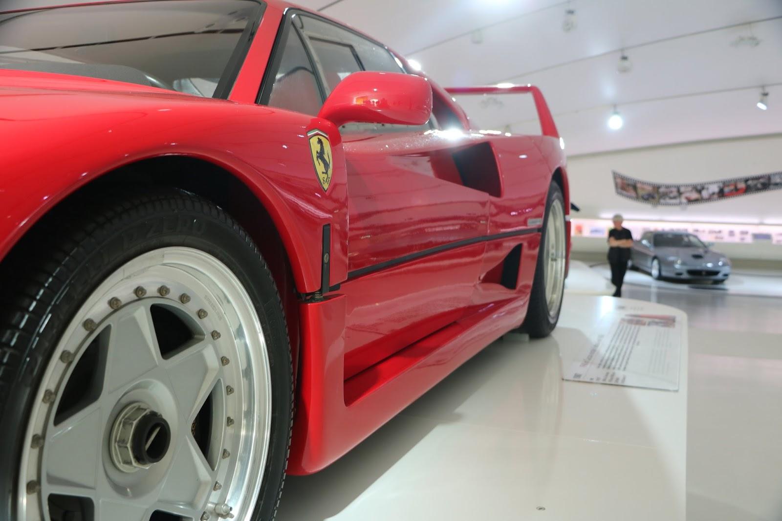 Modena - Enzo Museum 0017 - Ferrari F40.jpg