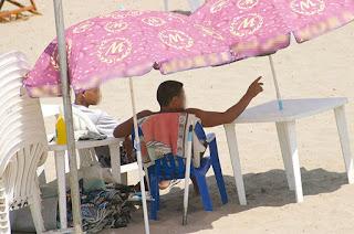 Des plagistes hors la loi sévissent encore dans certains espaces du littoral Annabi: La circulaire relative à la concession des plages appliquée mais pas généralisée