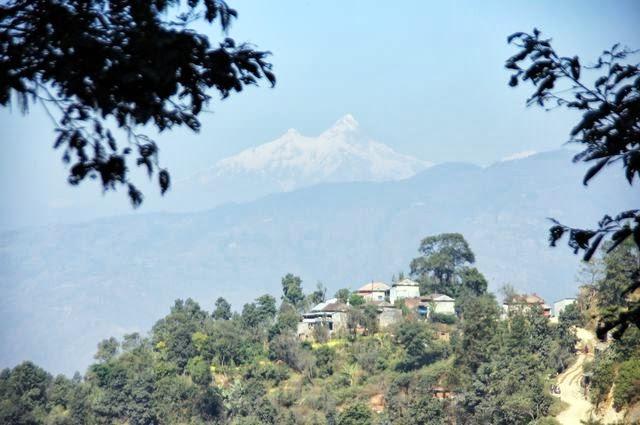 達人帶路-環遊世界-尼泊爾PoonHill健行-初見雪山
