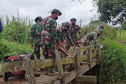Satgas TMMD Ke-112 Kodim HST Mulai Bongkar Jembatan Kayu