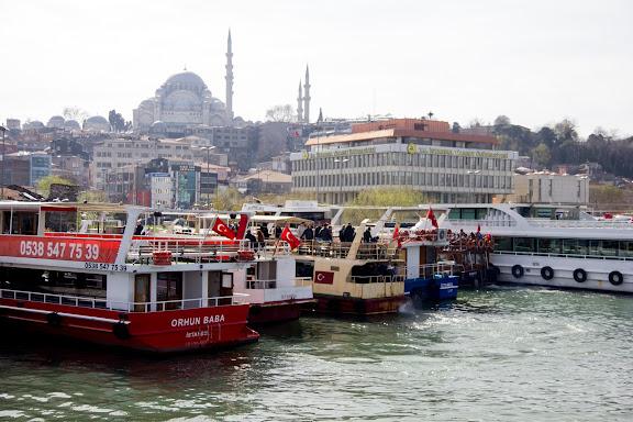Кораблі в Стамбулі