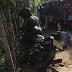 வேகக் கட்டுப்பாட்டை இழந்த மோட்டார்சைக்கிள் மின்கம்பத்துடன் மோதி தீ பிடித்தில் ஒருவர் உடல் கருகிப் பலி. இன்னொருவர் படுகாயம். (படங்கள்)