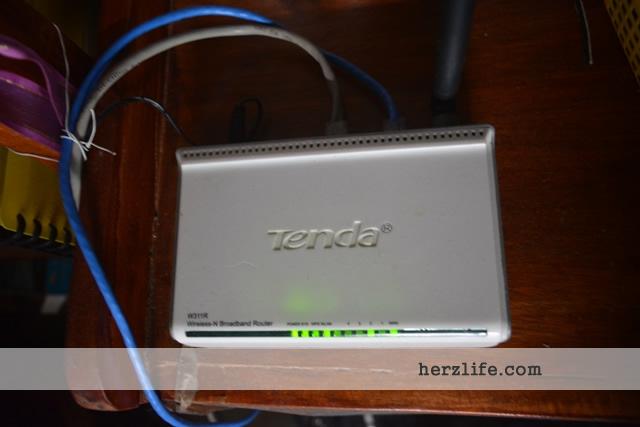 Tenda Router