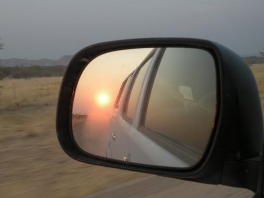 Tramonto africano allo specchio di lla14415