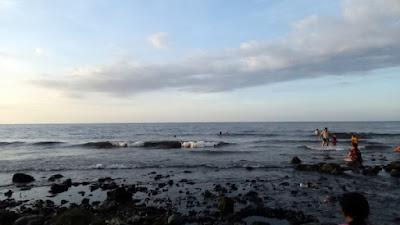 Pantai Penyusuhan Tempat Melukat yang Ada Campuhan