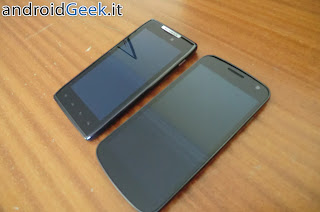 Motorola Razr Vs Samsung Galaxy Nexus