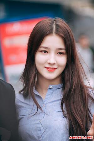 Màn lột sát của hot girl Hàn trên sàn nhảy