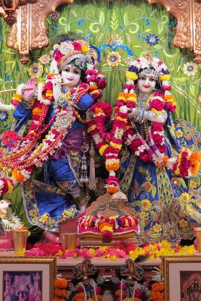 ISKCON Vallabh vidhyanagar Deity Darshan 10 jan 2017 (2)
