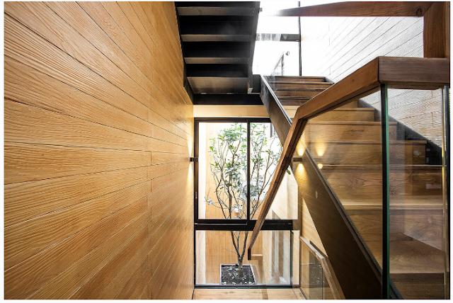 Thiết kế nhà phố 4 tầng tiện ích kết hợp hầm để xe và thang máy