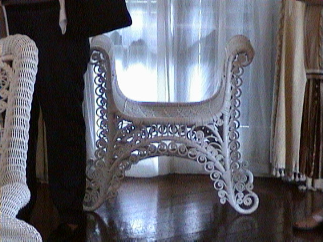 0780Inside_a_Southern_Mansion_-_New_Orleans