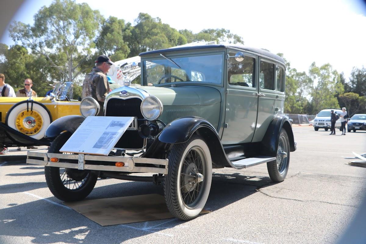 1928 Model A Taxi Cab 02.JPG
