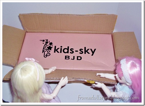Unboxing a new ball jointed doll!  Kids Sky 1/6 Momo
