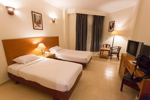 Hotel room travel talk tours egypt