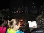 Večery polárníkům zpestřovaly přiměřeně strašidelné příběhy v podání Soníka a Ilony.