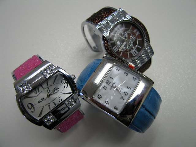 Pretty GENEVA, REXX Paris Watch