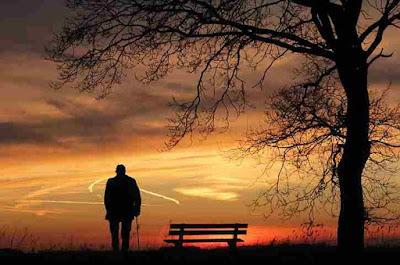 ज़िंदगी की हकीकत   Poem World   Life Poem In Hindi