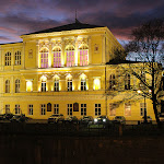 Palác Žofín - pohled z nábřeží