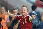 Dzsudzsák Balázs örül a második góljának a franciaországi labdarúgó Európa-bajnokság Magyarország - Portugália mérkőzésen, Lyonban 2016. június 22-én. (MTI Fotó: Illyés Tibor)