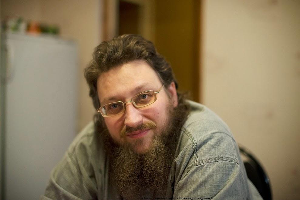 Священник иерей Константин Сафонов.