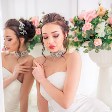 Wedding photographer Yuliya Burina (burina). Photo of 17.02.2018