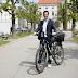 وزير الصحة النمساوي الجديد يتنقل على دراجته الكهربائية ولا يحمل معه أي أموال