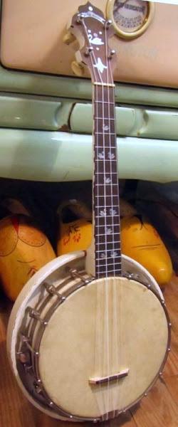 Lange White Swan Banjo Ukulele Banjolele