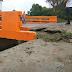 Puente inaugurado hace un mes por el Gobierno está a punto de colapsar en Puerto Plata