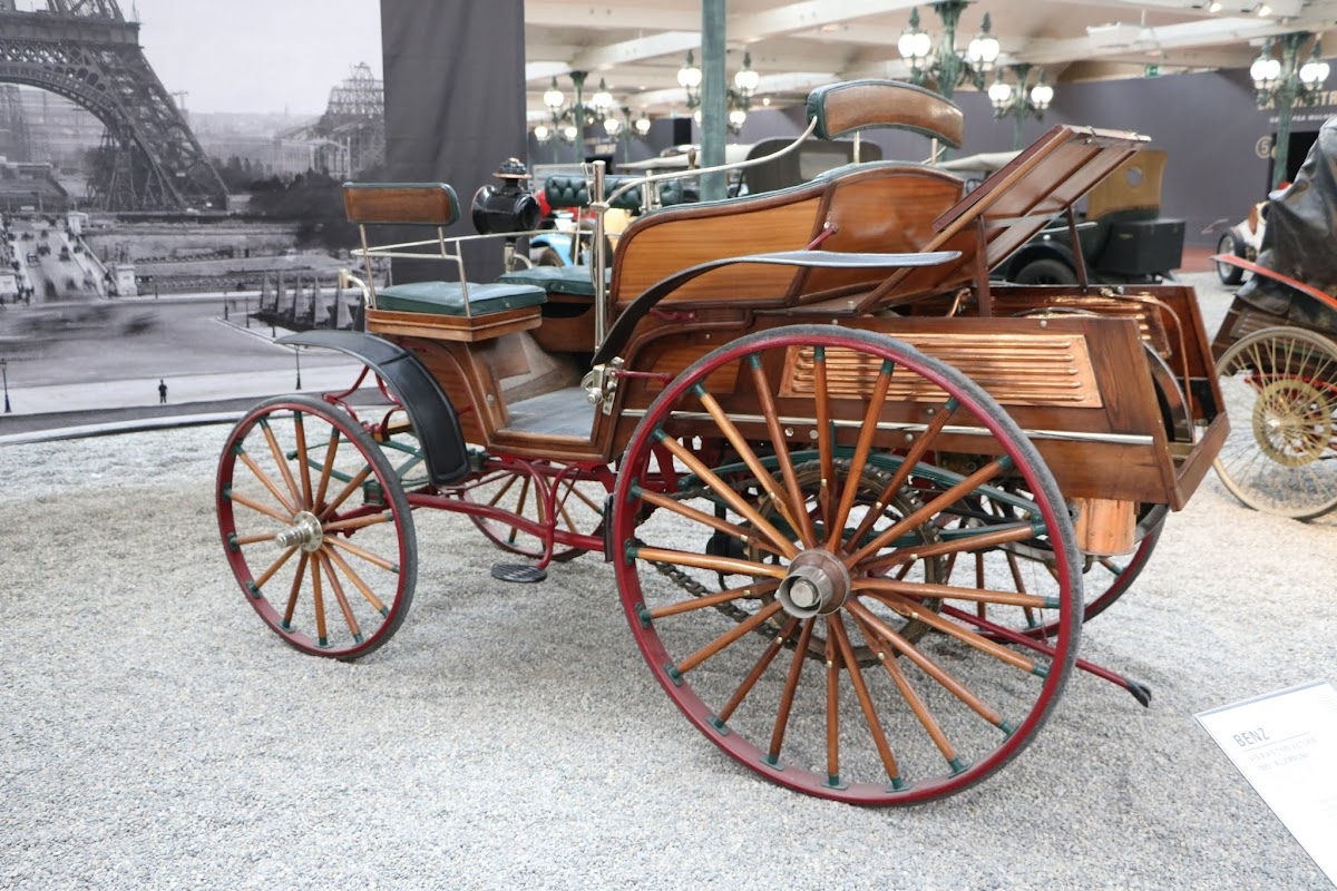 Schlumpf Collection 0464 - 1892 Benz Vis-A-Vis Type Victoria.jpg