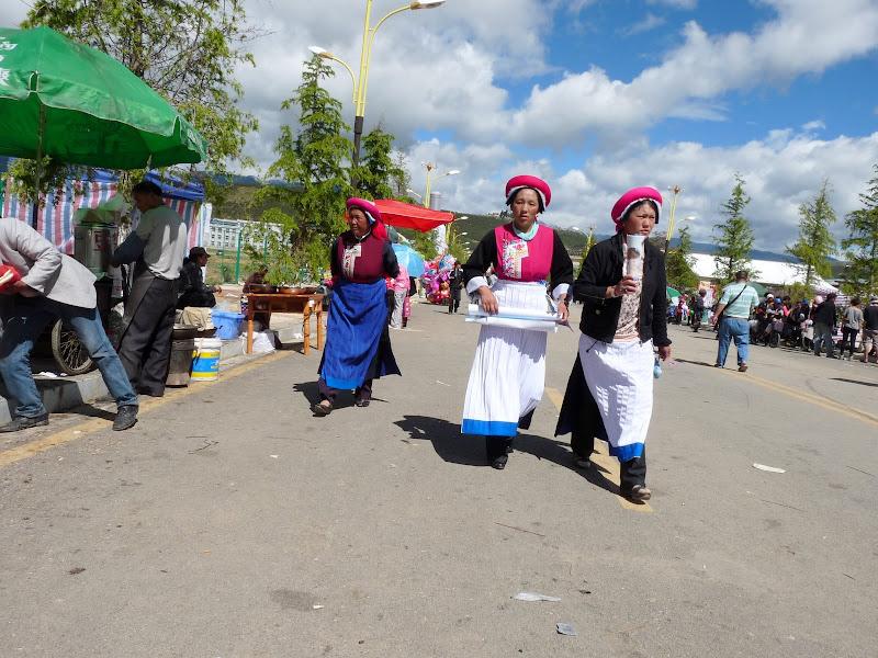 Chine. Yunnan.Shangri la Course hippique annuelle - P1250746.JPG