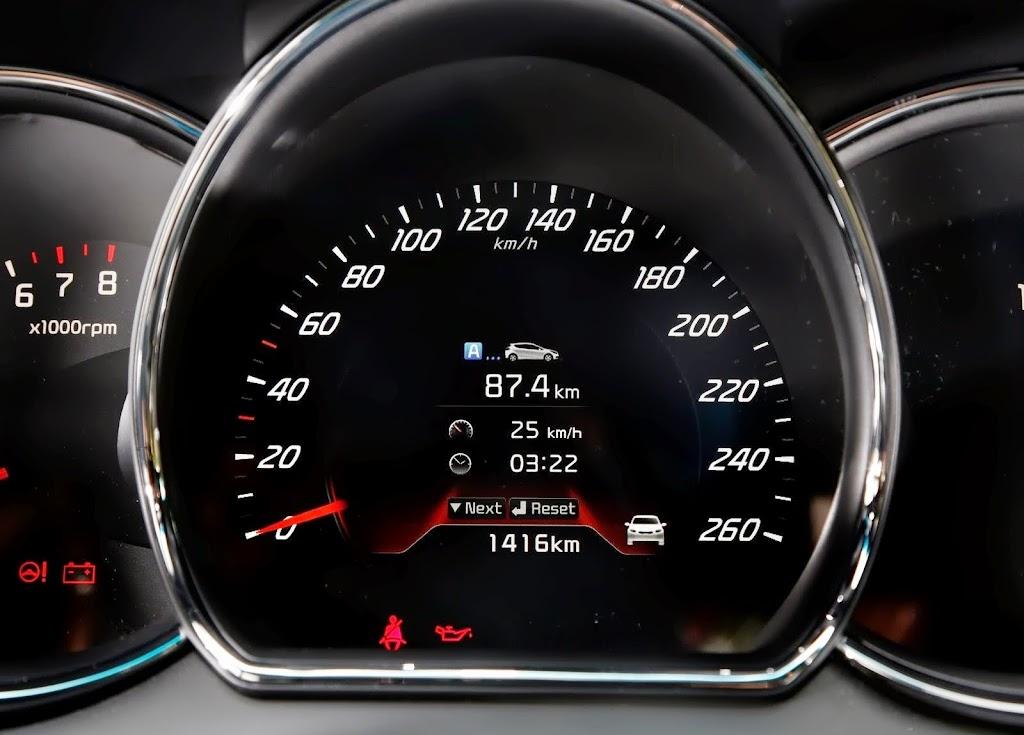Yeni-Kia-Pro-Ceed-GT-2014-70