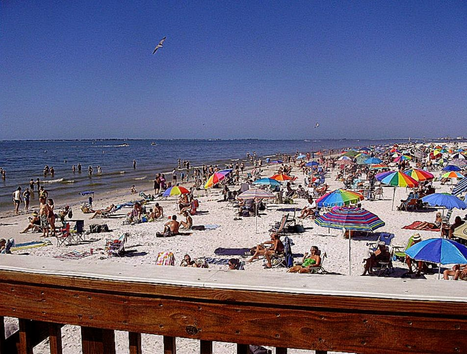 Fort Myers Beach  1 Source for Fort Myers Beach Information