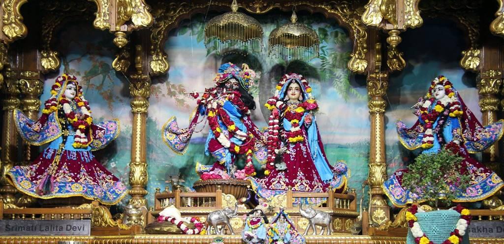 ISKCON Delhi Deity Darshan 02 Feb 2016 (4)