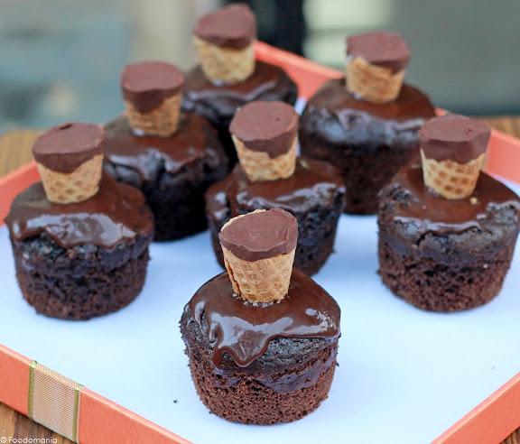 Homemade Chocolate Brownie Cupcakes Recipe   Fudgy Brownies in a Cupcake   Eggless Chocolate Brownie Cupcake Step by Step Recipe   Written by Kavitha Ramaswamy of Foodomania.com