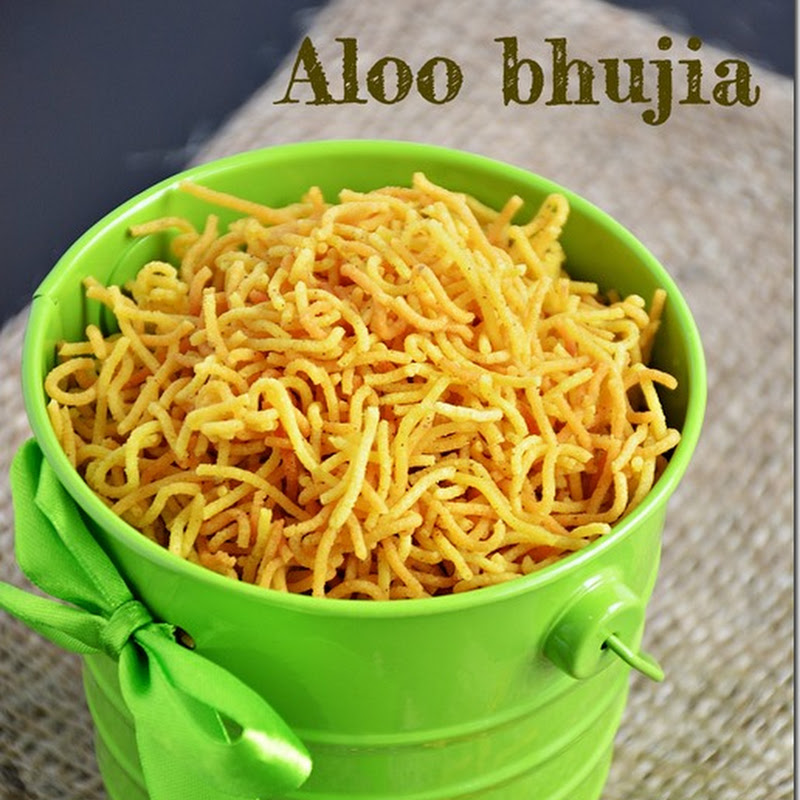 Aloo bhujia / Potato sev - Diwali special with video