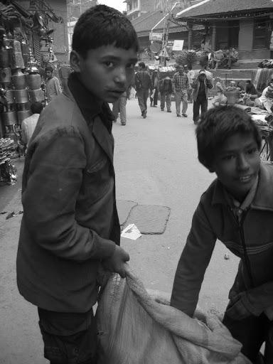 Venir en aide à l'enfance au Népal
