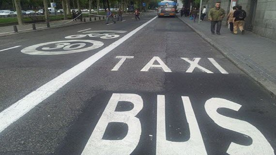 ciclocarril con carril bus