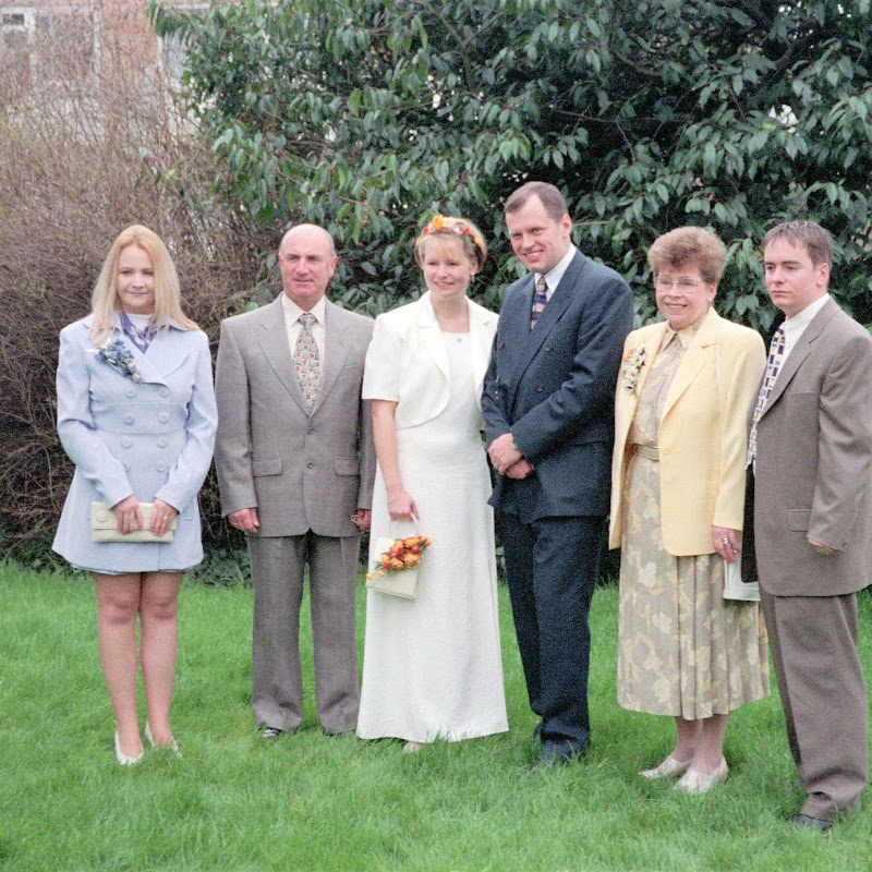 Kips_Wedding_02 Family.jpg