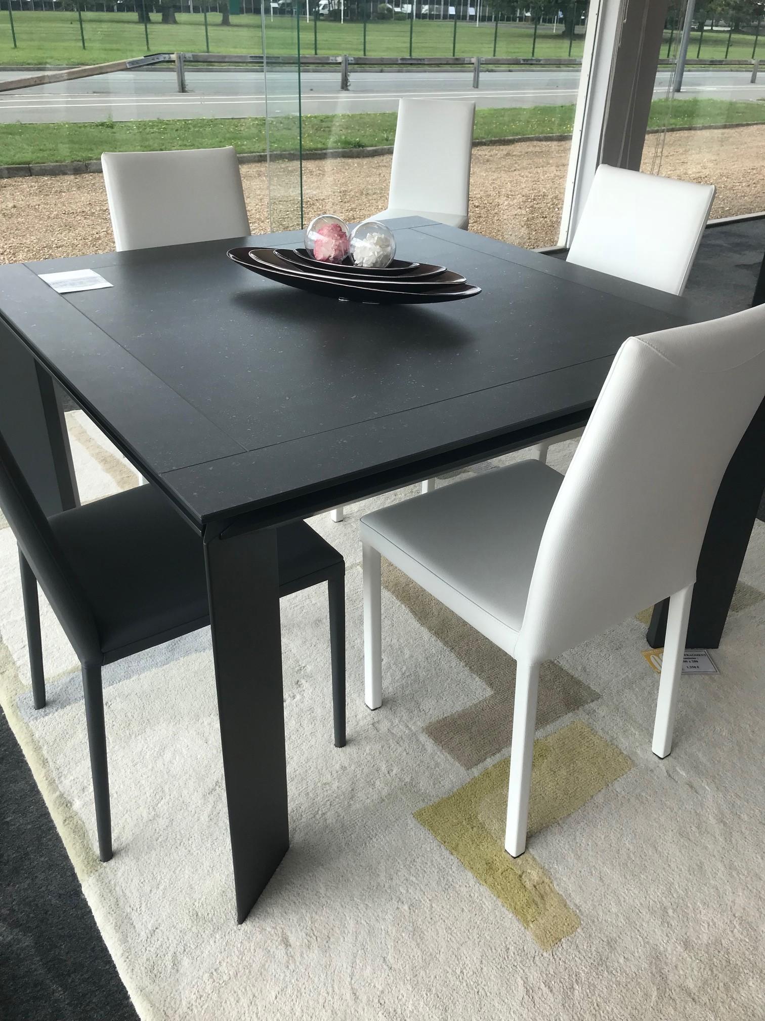 Table%2Ben%2Bc%25C3%25A9ramique%2Bcarr%25C3%25A9e%2Bou%2Brectangulaire Frais De Table De Salon Carrée Des Idées